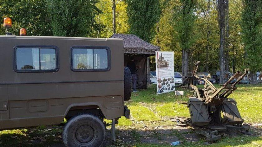 Wojskowy wóz _