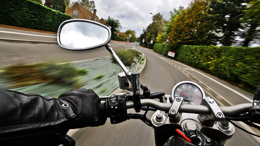 motocykl w ruchu